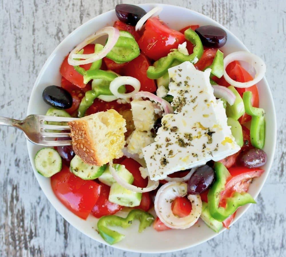 authentic-Greek-salad-recipe-1