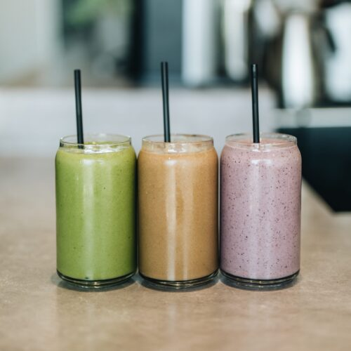 3 different coloured smoothies