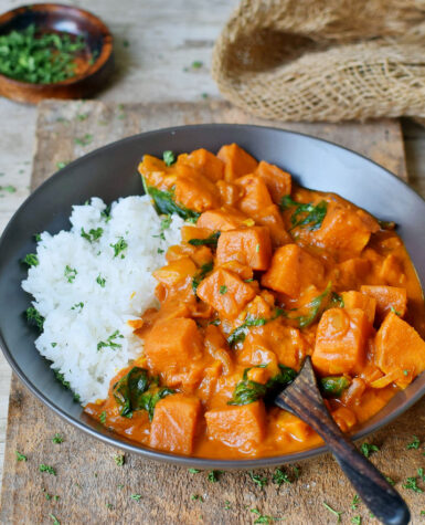 Tikka-Masala-with-spinach-and-rice
