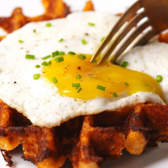 cauliflower-waffles