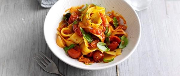 Tomato pappardelle