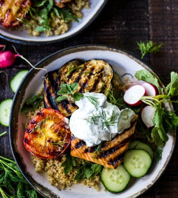Grilled-Salmon-Tzatziki-Bowl