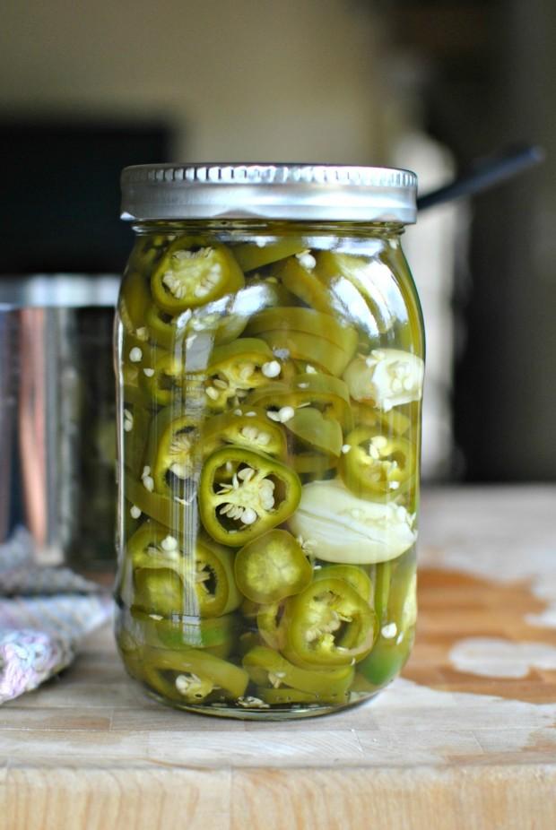 Easy-Homemade-Pickled-Jalapenos