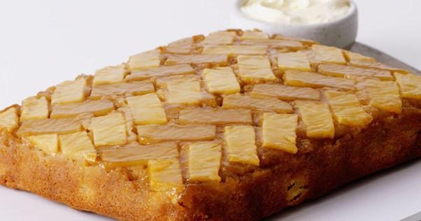 apple pineapple tray cake