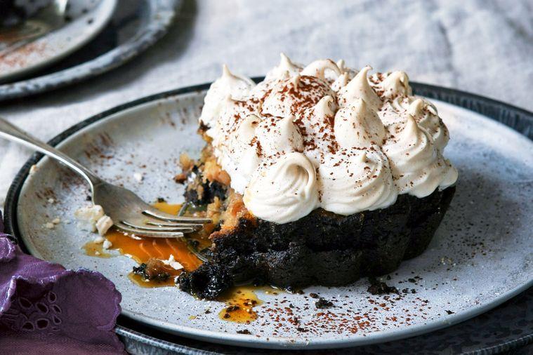 chocolate-banoffee-pies